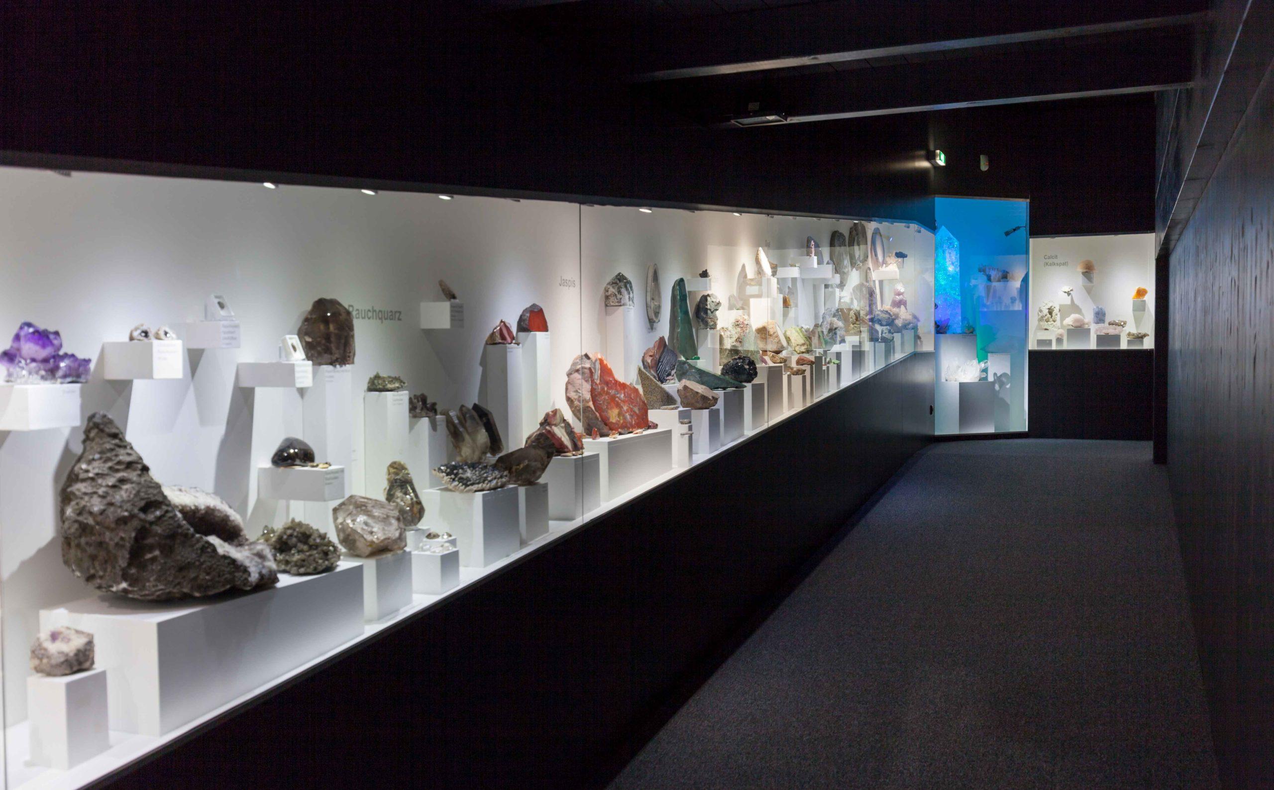 Ausstellung Mineralienwelt Stollen